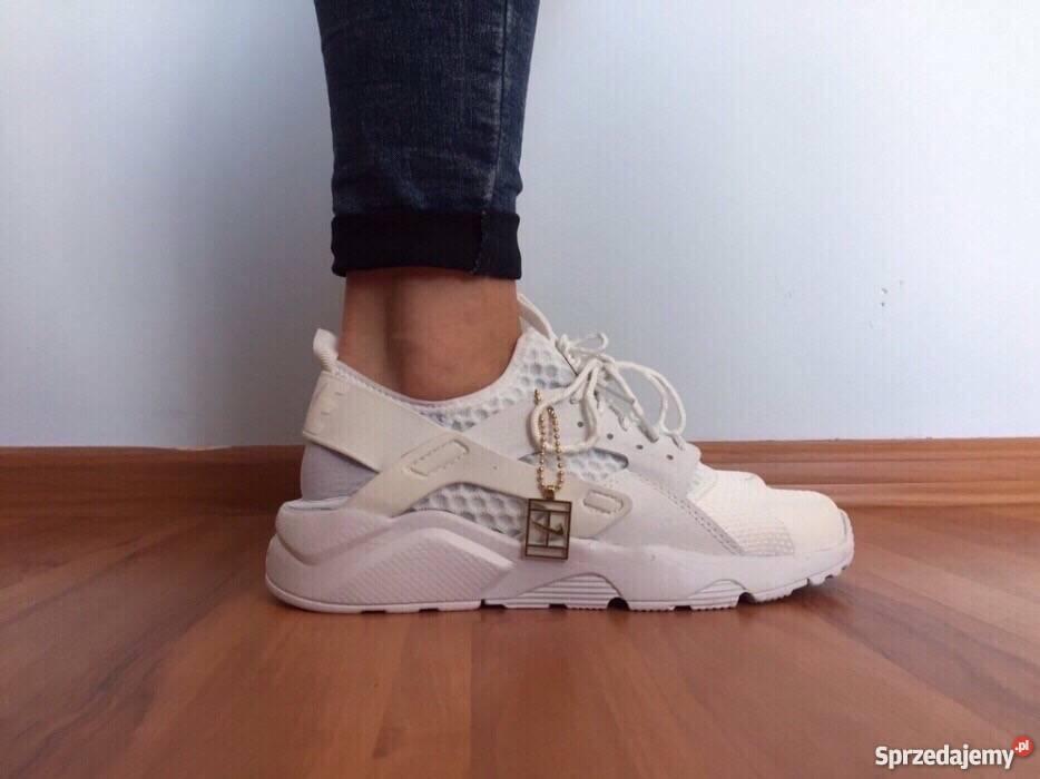 buy online 50ece df3bd Białe Nike Huarache rozmiar 37 (24 cm) Wyprzedaż