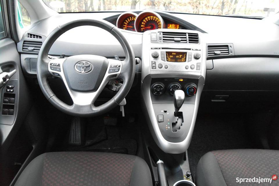 Tylko na zewnątrz Toyota Verso automatyczna skrzynia biegów Jarocin - Sprzedajemy.pl TH16