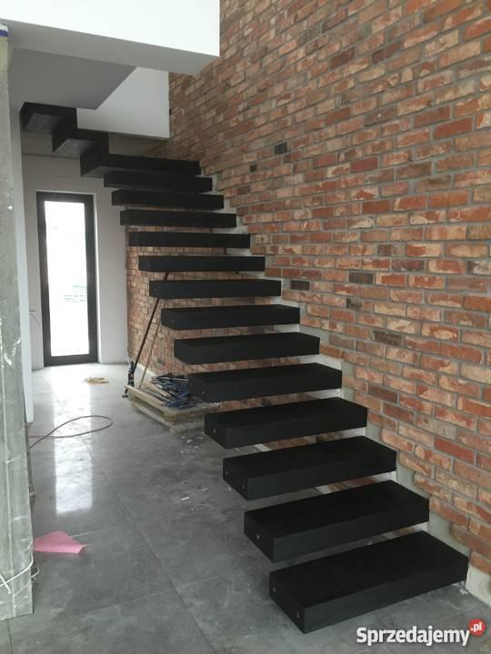 SCHODY PÓŁKOWE Podłogi i schody dolnośląskie Ziębice