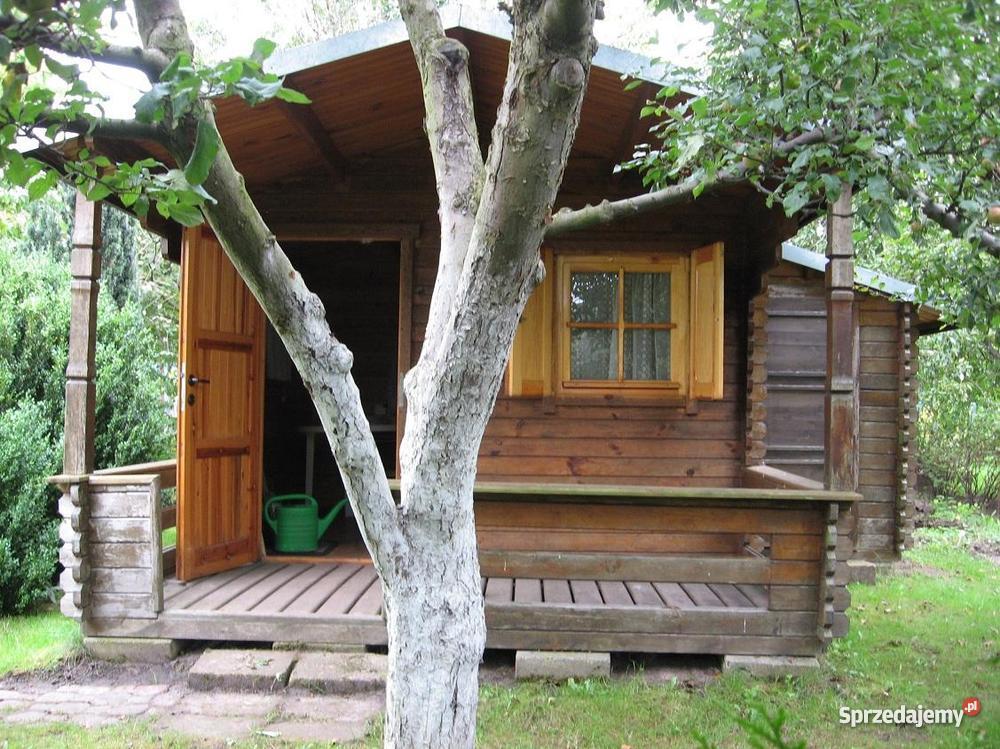 DZIAŁKĘ ogrodową z drewnianą altanką Grunty i działki Chodzież