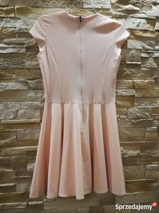 Sukienka sMoriss brzoskwiniowa s