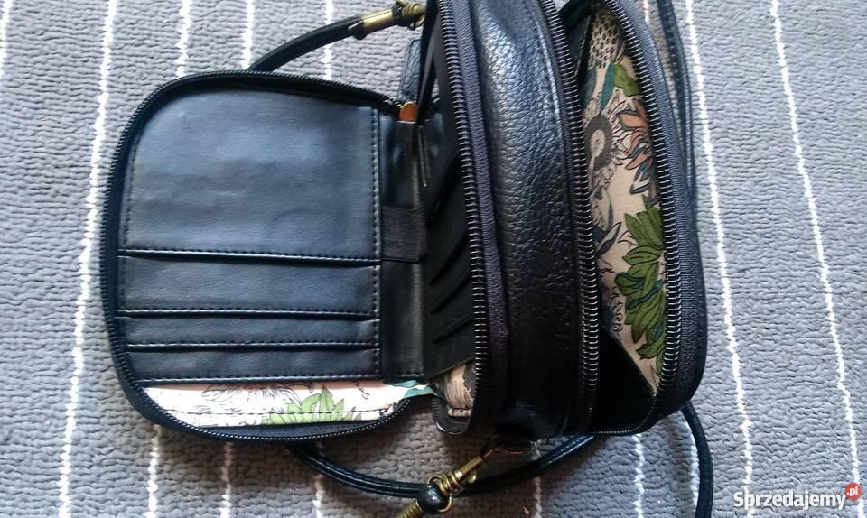 ecbf43c98d16d mała czarna torebka z dwiema przegrodami Trzcianka - Sprzedajemy.pl