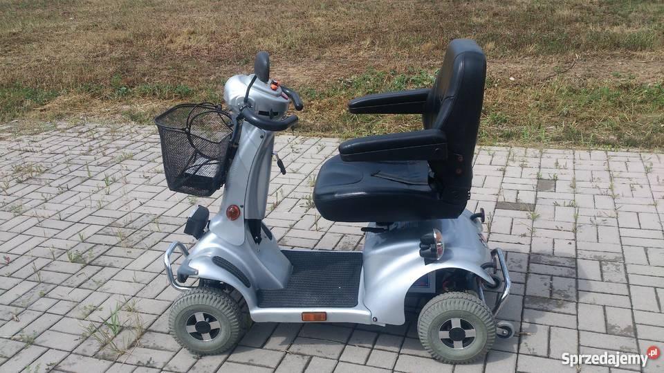 Wózek skuter inwalidzki w stanie BB czterokołowy