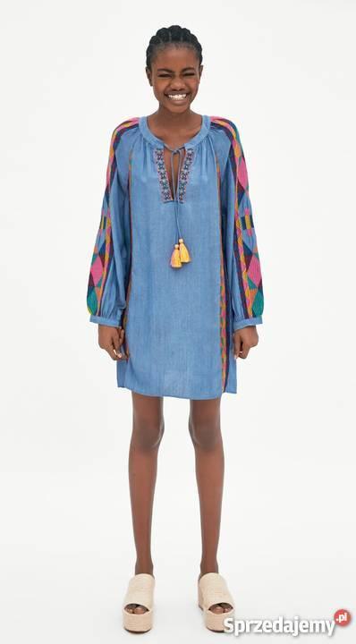ZARA niebieska sukienka tunika jeans z haftem i pomponami L