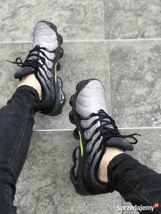 Nike Air Vapormax Plus (Black Volt White) r40 45