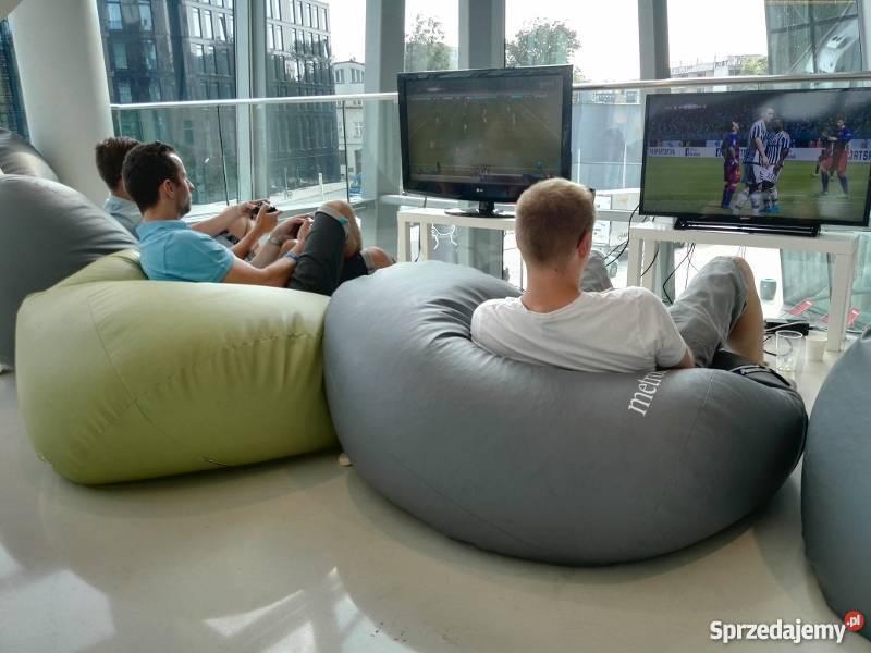 Wynajem konsol do gier 4 Xbox One VR 3 kraj Wrocław