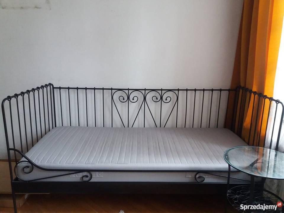 łóżko Jednoosobowe Ikea Używane Rama Metalowa Stolik