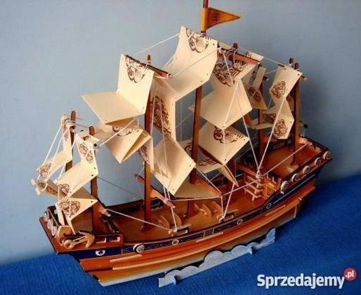 Sprzedam duży statek dżonka drewno kolekcja do