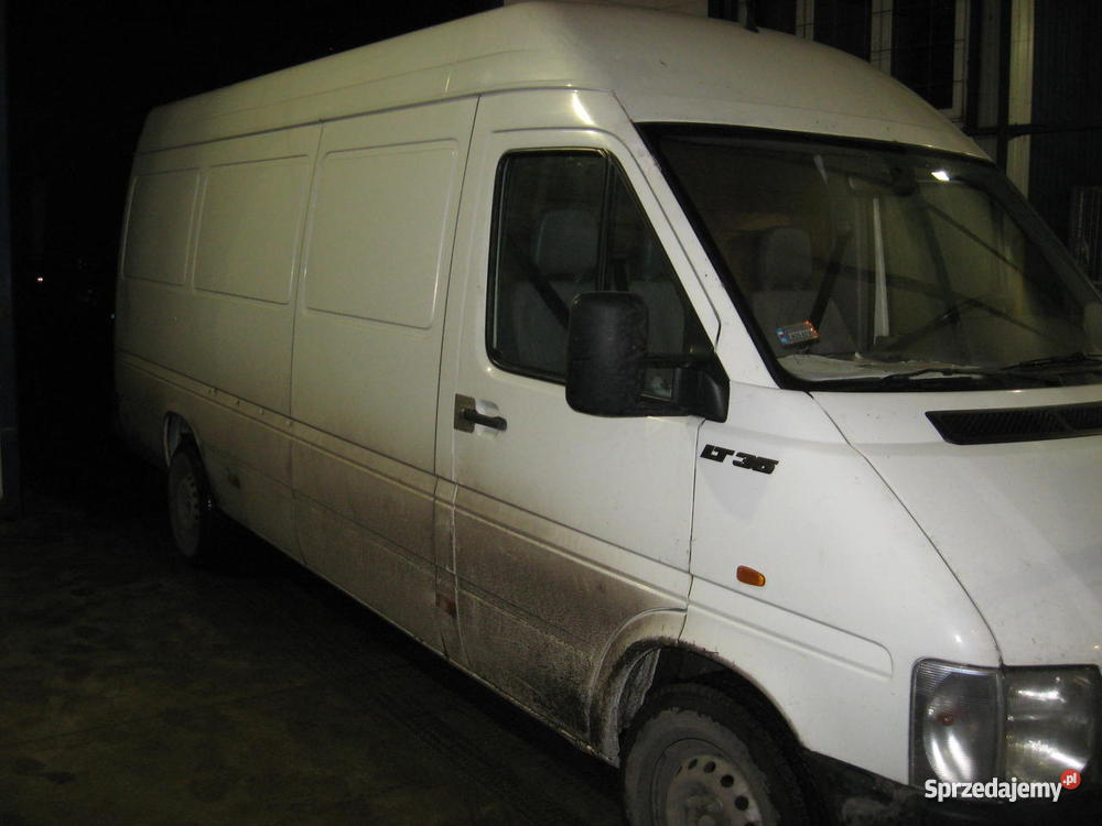 VOLKSWAGEN LT 35 25 TDI 2003 R garażowany Ostrołęka