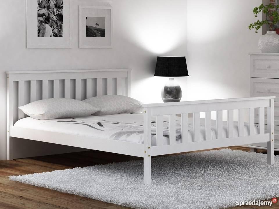 Łóżko 160x200 drewniane z wysokim zagłówkiem + materac