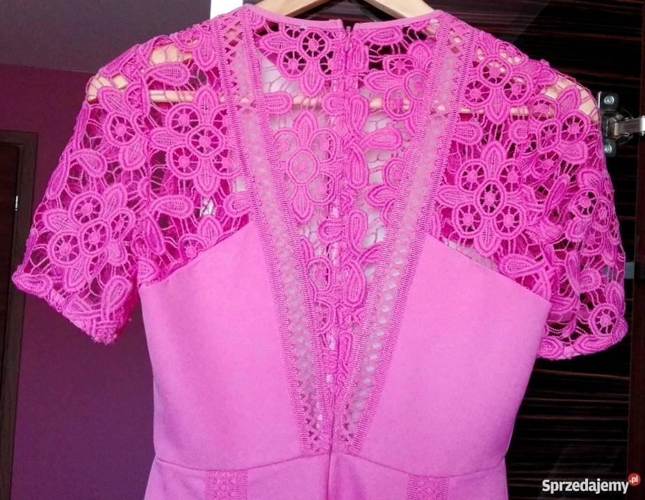 60ad161da2 Sukienka z haftem ASOS koronka rozkloszowana różowy Spódnice i sukienki  Rzeszów sprzedam