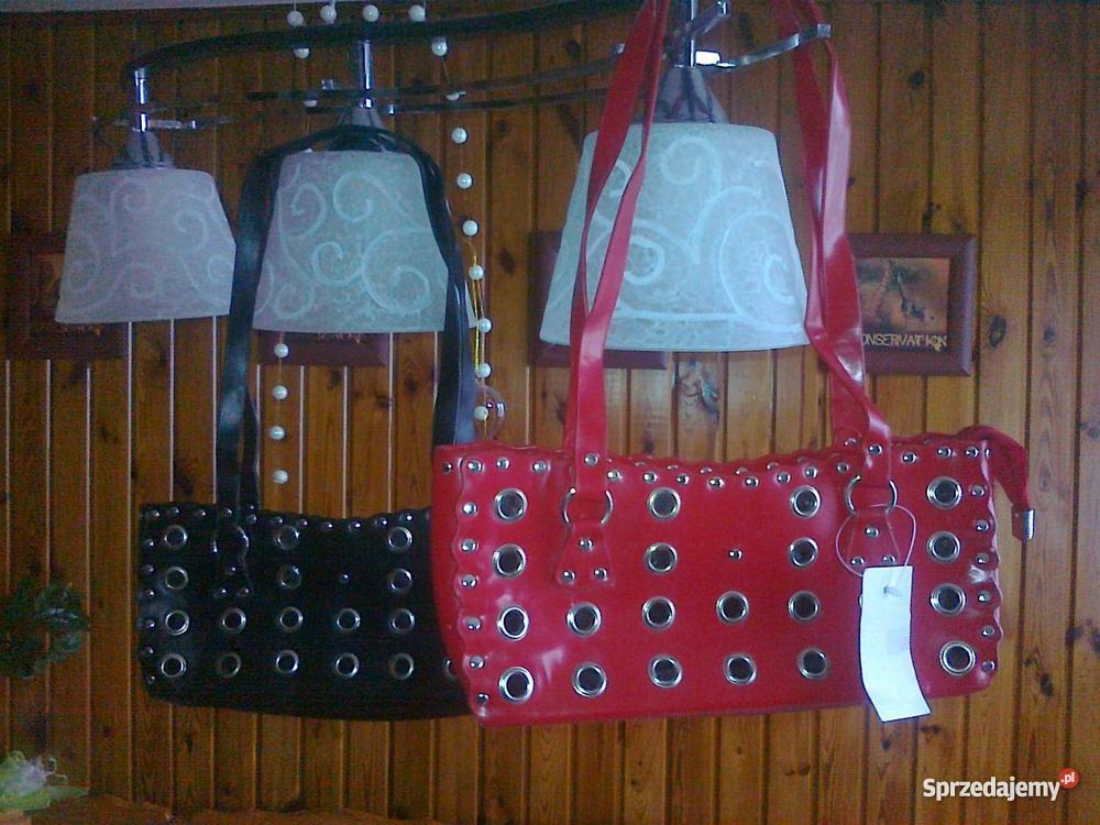 bc1e1ea59eaab Torebkę czarną lub czerwoną sprzedam - Sprzedajemy.pl