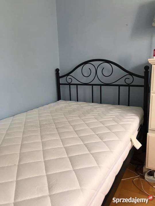 łóżko Kute Czarne Antic Z Fabryki Sypialni Materac
