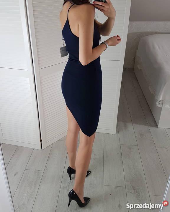 bad3df3a0651fc Missguided XS asymetryczna granatowa sukienka Spódnice i sukienki Odzież  damska mazowieckie Warszawa