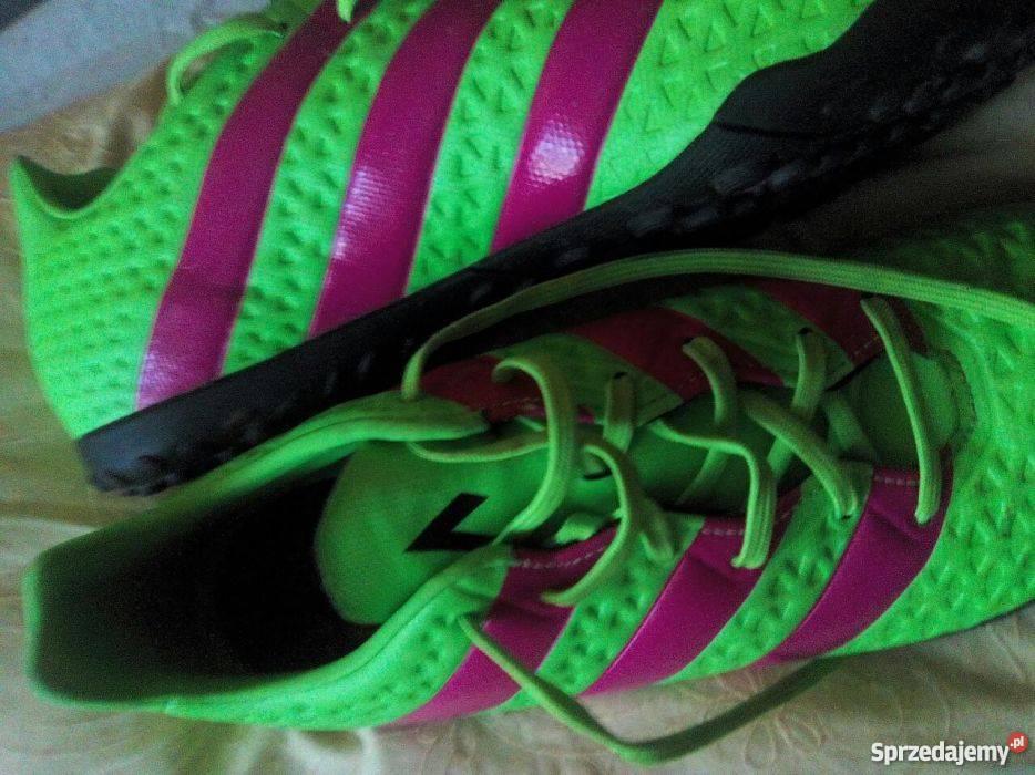 Sprzedam Buty Adidas turfy używane przez 15 minut