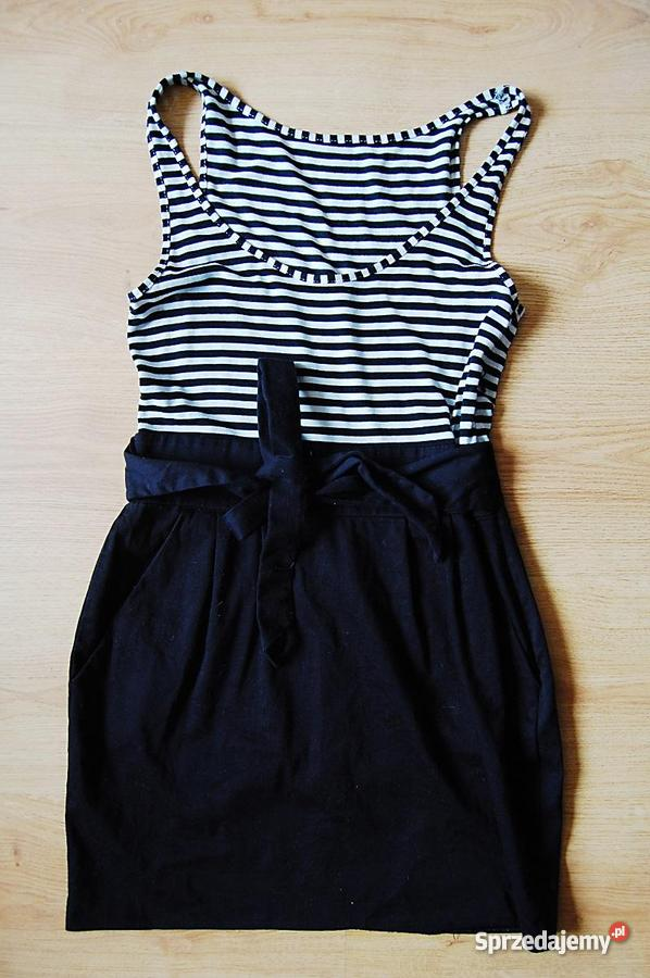 9b4ed6ac42 Sukienka w paski podkreśla talię - Sprzedajemy.pl