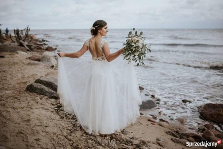 Koronkowa Suknia ślubna Z Odkrytymi Plecami Sprzedajemypl