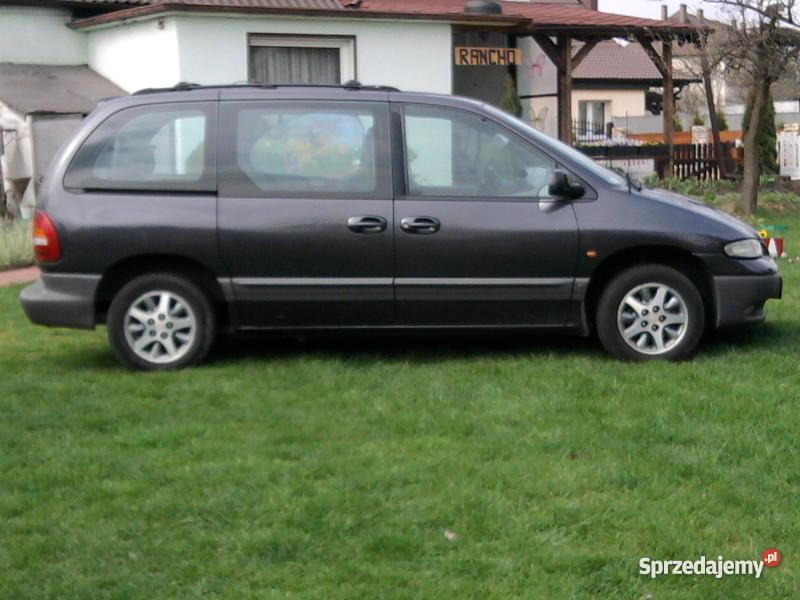 Chrysler Voyager Rok produkcji 1996