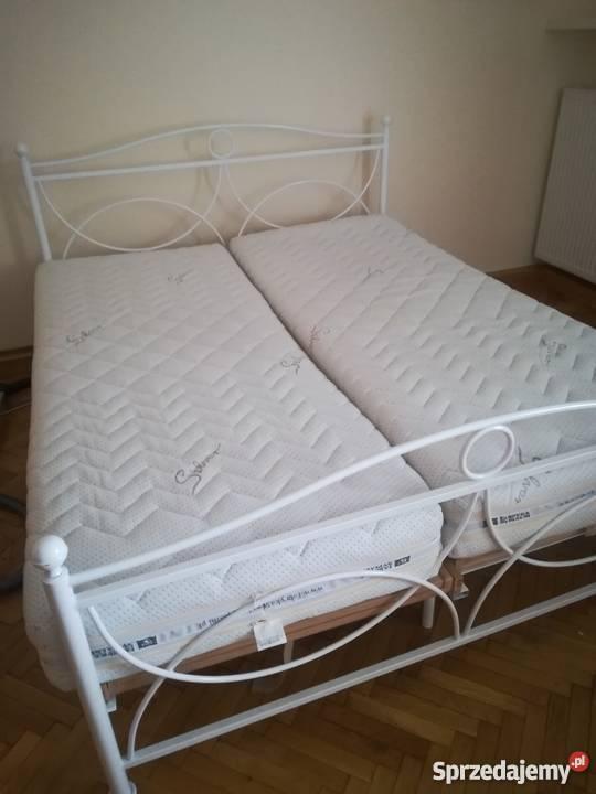 łóżko Metalowe Białe Ozdobne Stelaże Materace