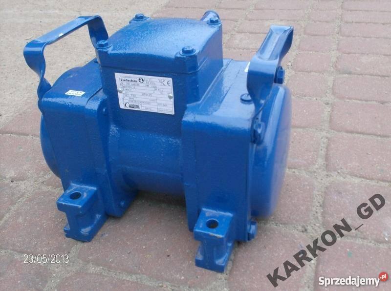 Elektrowibrator wibrator silnik 07 kW EWe 12 Pozostałe Golub-Dobrzyń