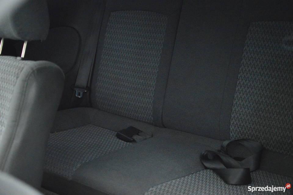 Mazda 323 C manualna