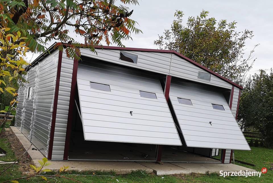 Garaż blaszany 7x10 dwuspadowy bramy okna rynny drzwi okucia
