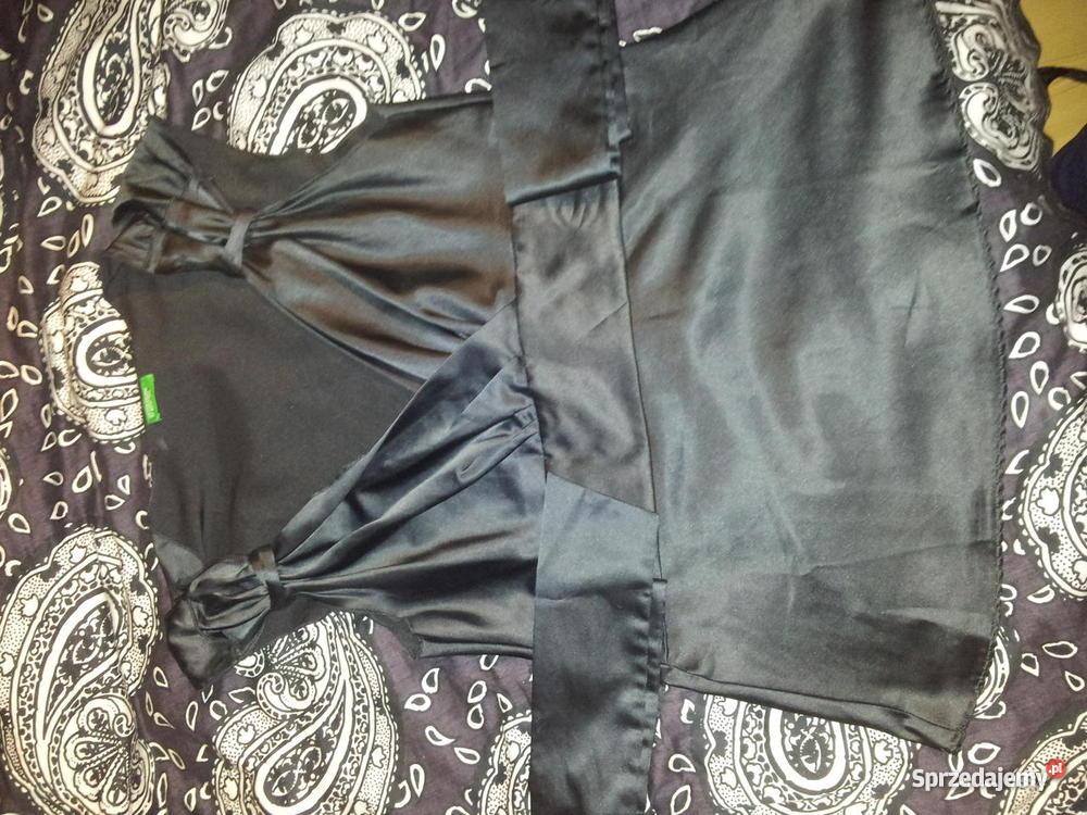 Elegancka bluzka benetton for Benetton 3 stawy katowice