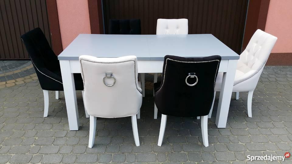 Krzesło chesterfield z kołatką pinezkami