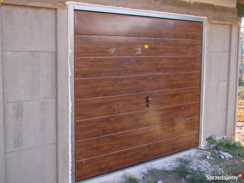 Brama Garazowa Uchylna ORZECH WINCHESTER ZŁOTY