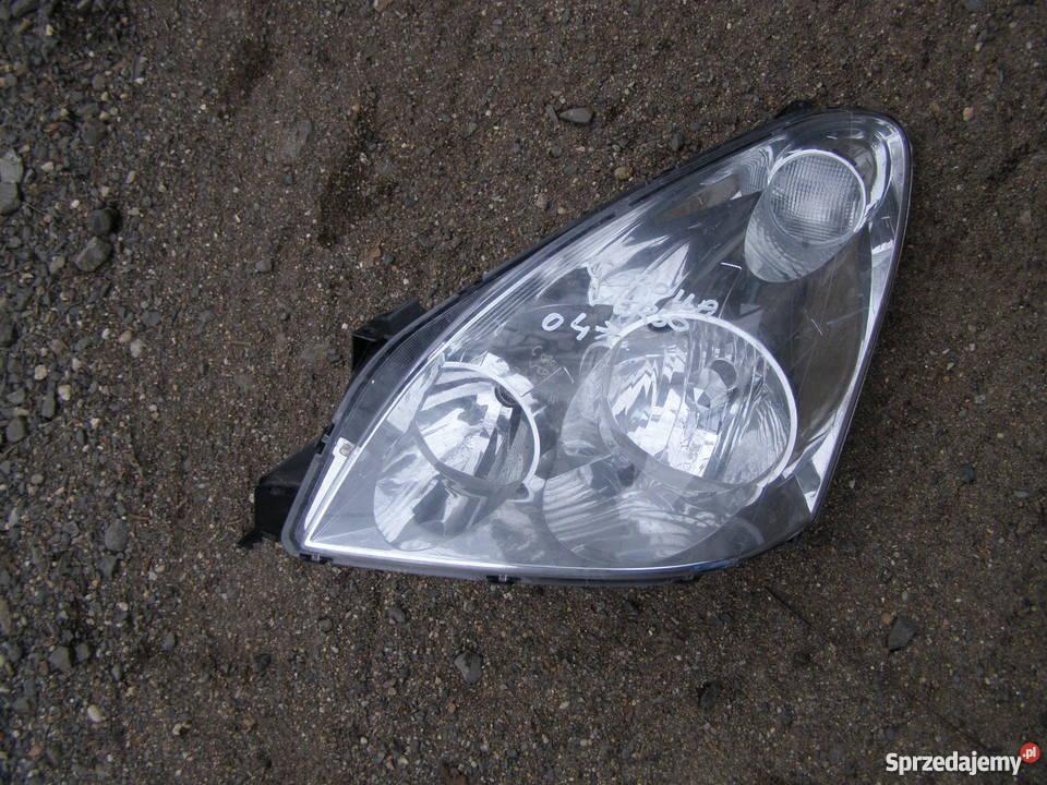 Lampa Przednia Lewa Toyota Corolla Verso Rocznik 04