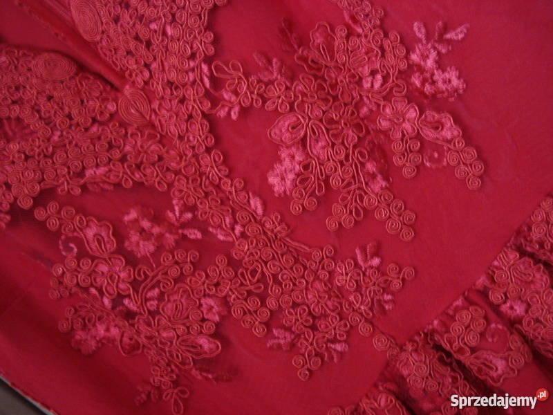 Czerwona koronkowa sukienka hit must have dekolt V Witnica