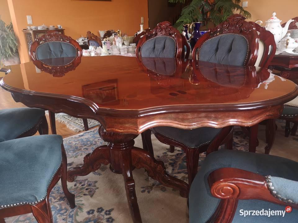 Stół intarsjowany z 4 krzesłami i  2 fotelami