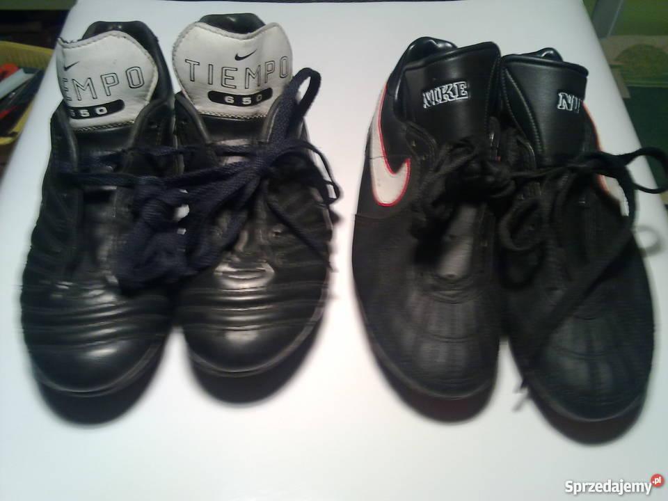 Korki Nike małe 235 i 220 Pozostałe