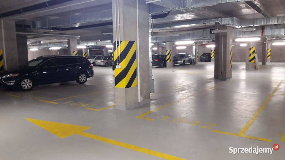 Sprzedam podwójne miejsce parkingowe