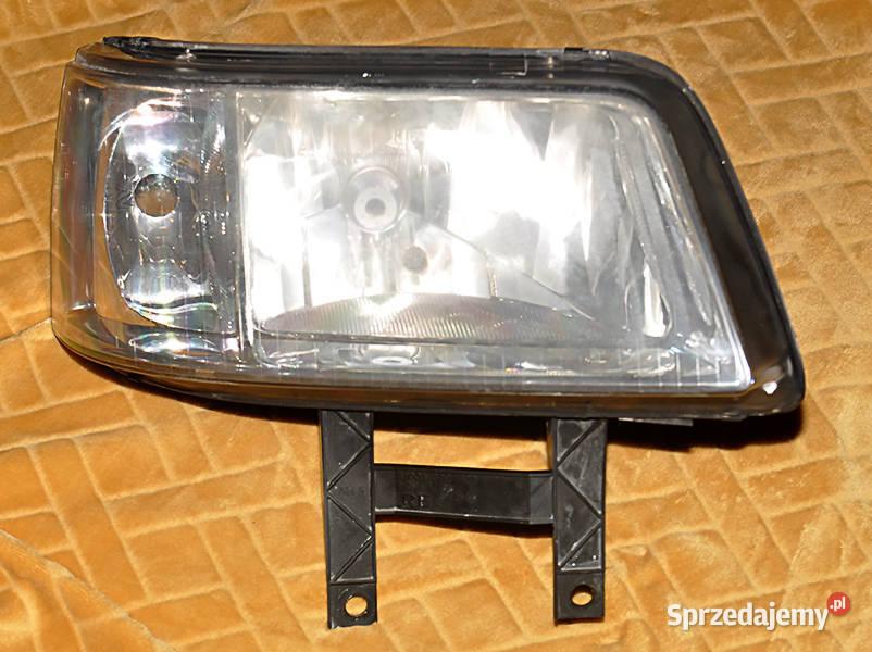 Reflektor prawy VW Transporter 5 OE 7H1941016N EUROPA