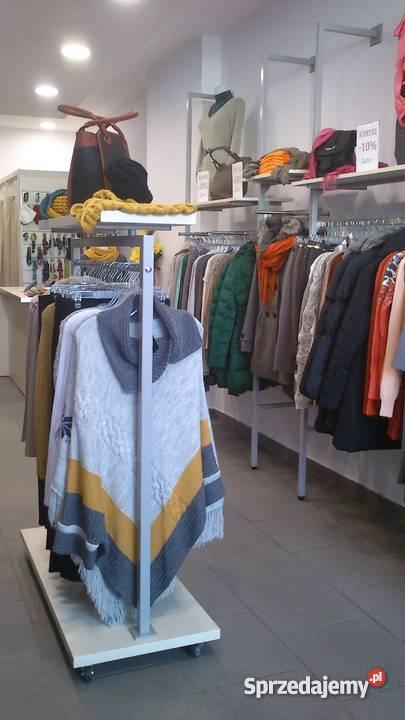 Modernistyczne Wyposażenie sklepu odzieżowego, używane tylko 6 miesięcy SM15