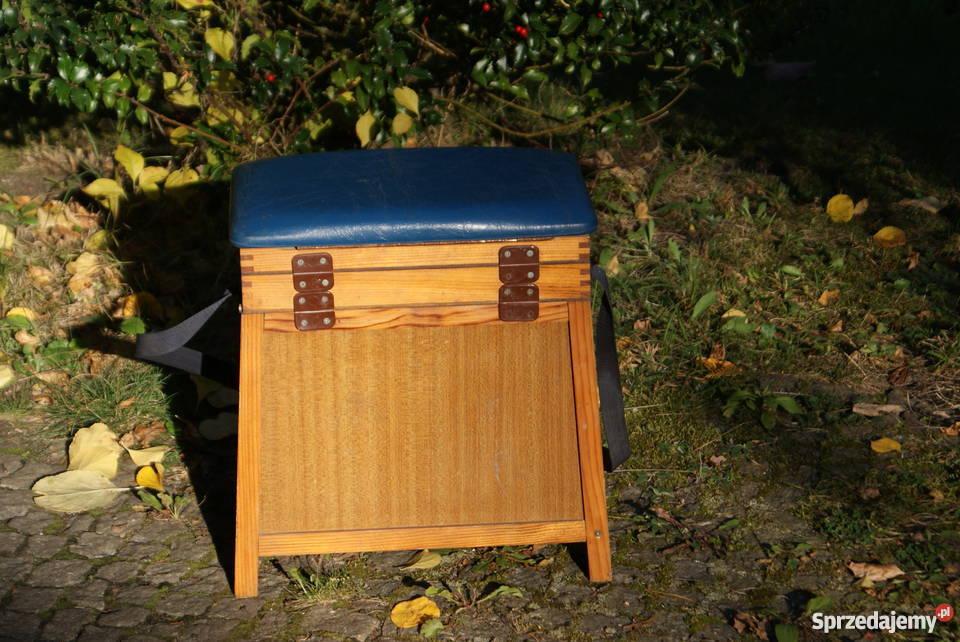 Drewniana szafka szafeczka stołek lata 6070te 39cm mazowieckie Warszawa