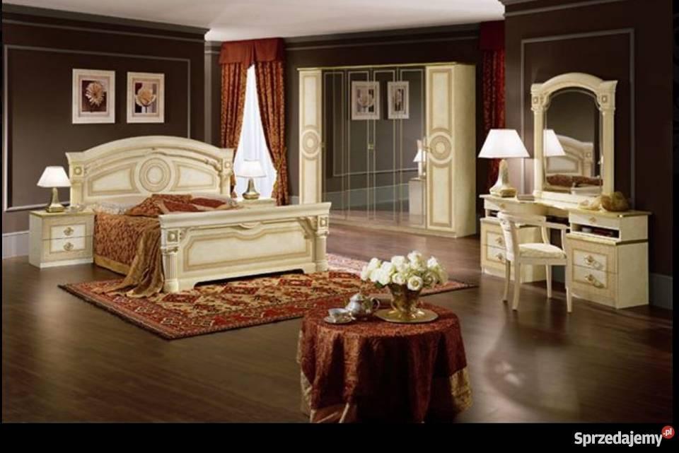 Sypialnia Włoska Z Meandrem Aida Versace Kolor Beżowy