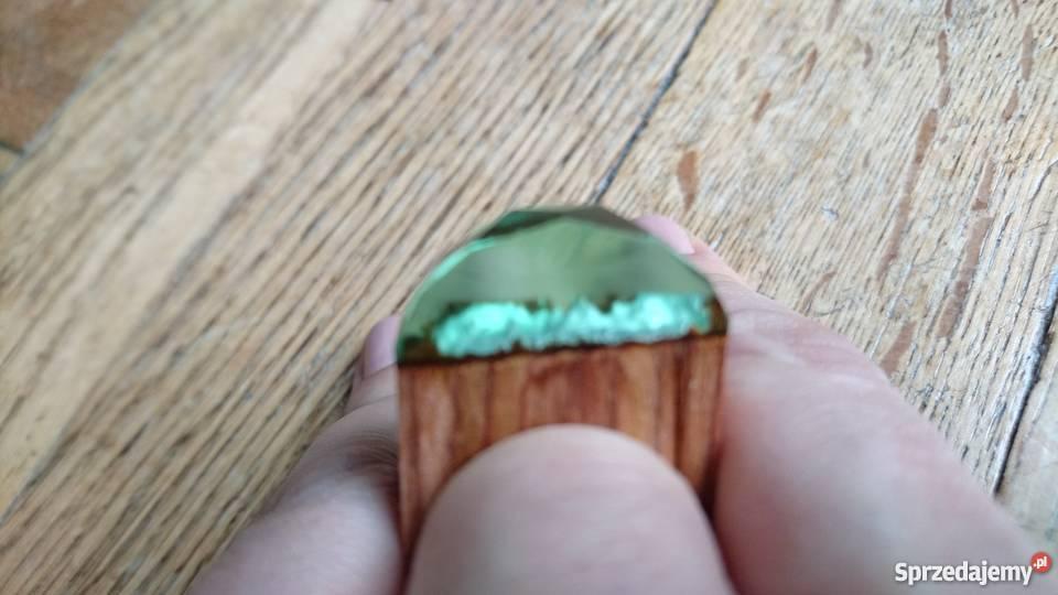 Oryginalny pierścionek drewno z żywicą Warszawa
