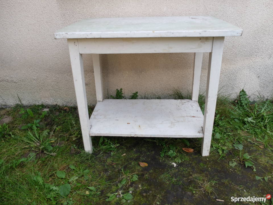 Stary drewniany stół kuchenny 330