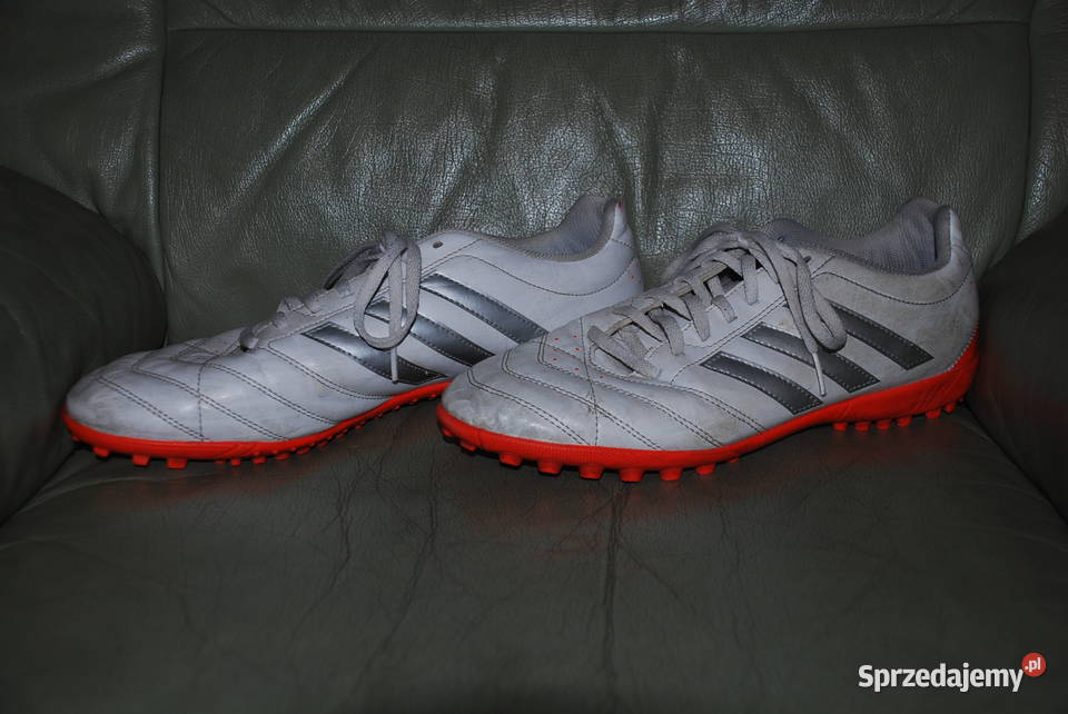 Buty pikarskie Adidas, rozmiar 44
