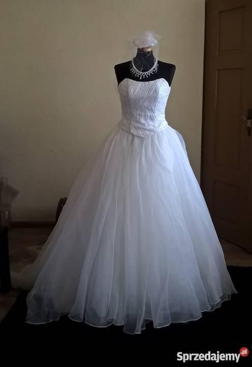 c880d5f1bf Suknia ślubna księżniczka 3638 z toczkiem Sosnowiec sprzedam