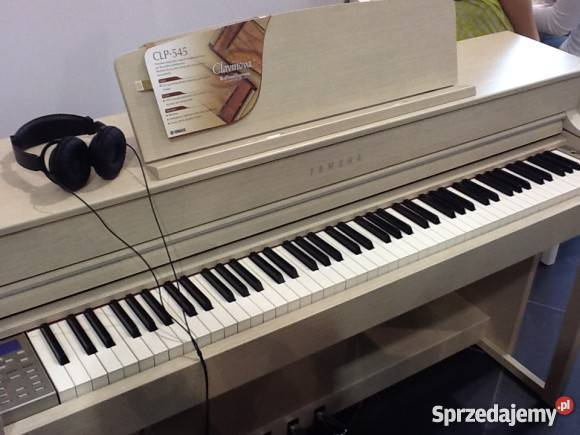 Yamaha clavinova clp 545 pozna for Yamaha clavinova clp 350