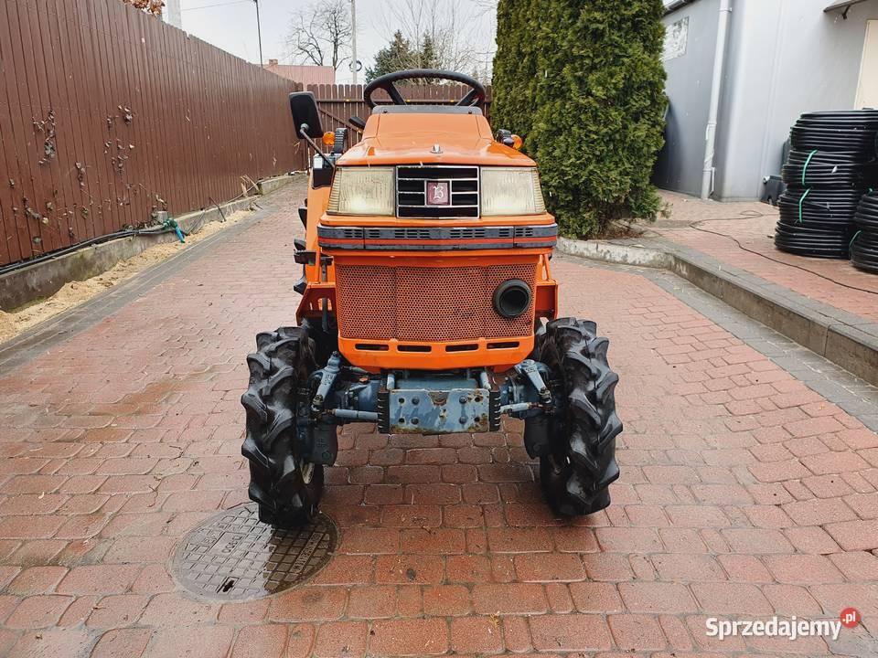 Kubota B1400 traktorek ogrodniczy. www.akant-ogrody.pl