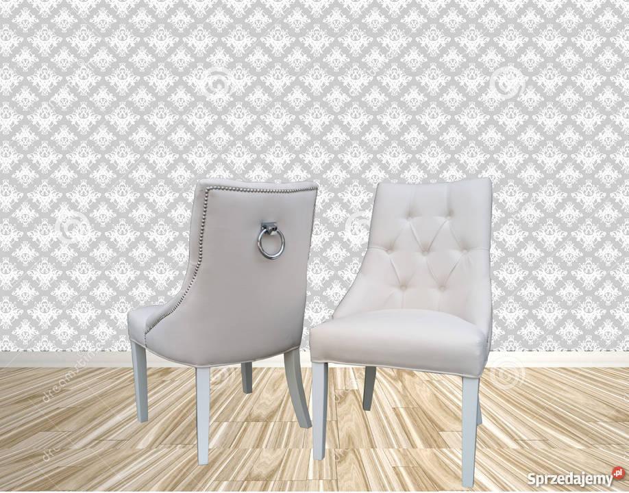 Krzesło tapicerowane z kołatką pinezkami pikowane wygodne