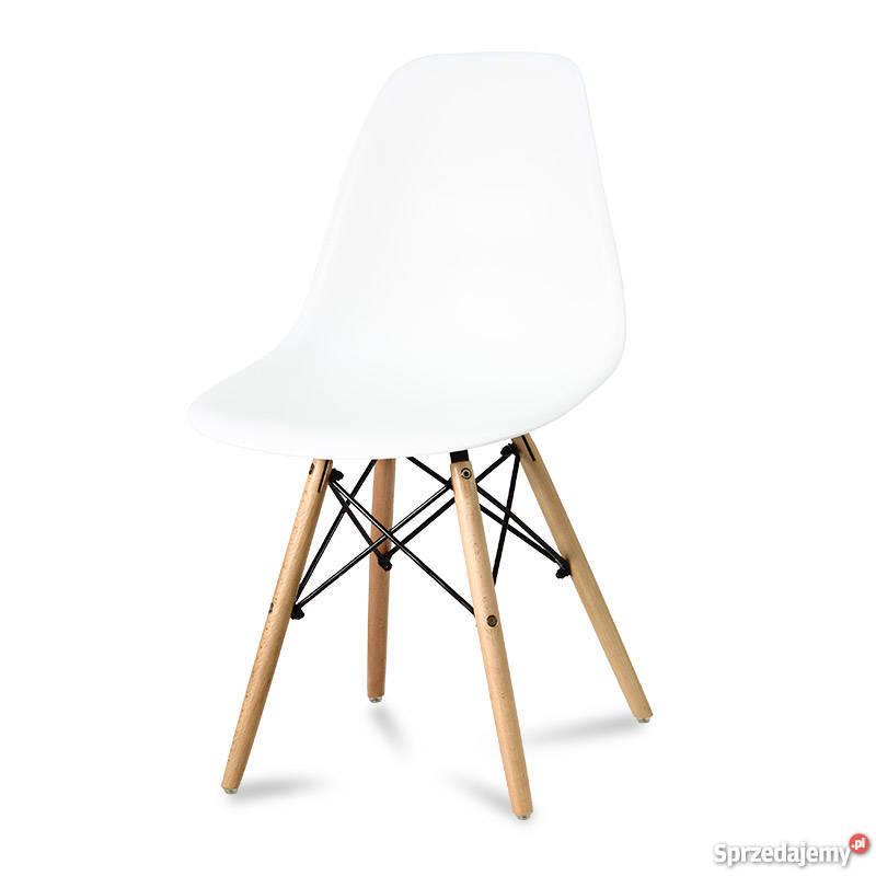 Krzesło białe nowoczesne na drewnianych bukowych nogach