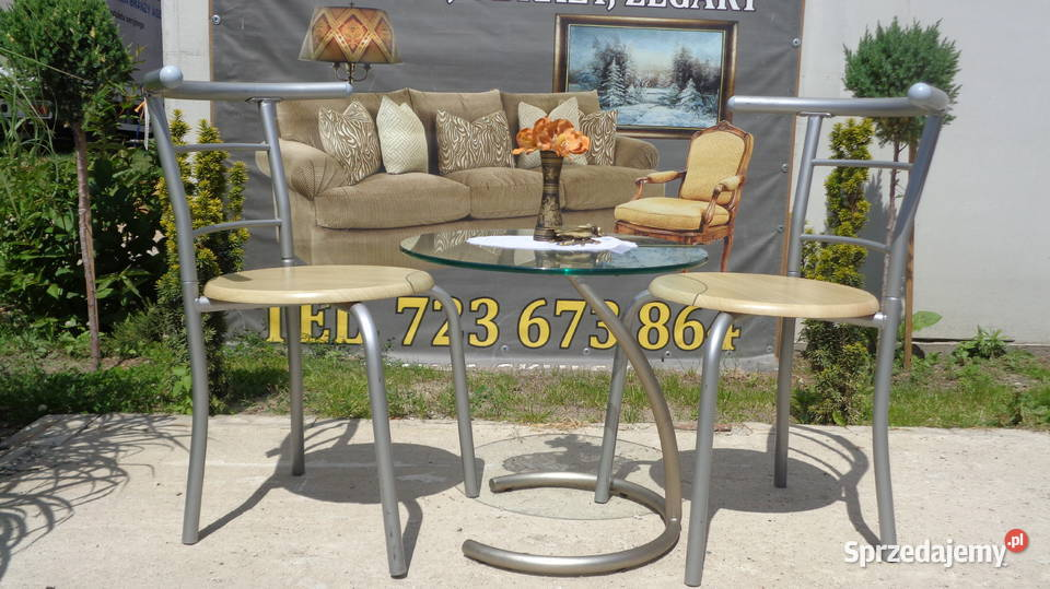 mały stolik i dwa krzesła - komplet