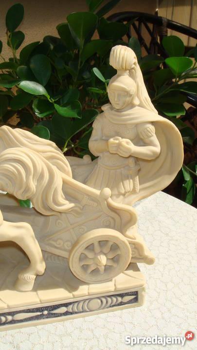 Rydwan rzeźba sygnowana konie z alabastru antyk