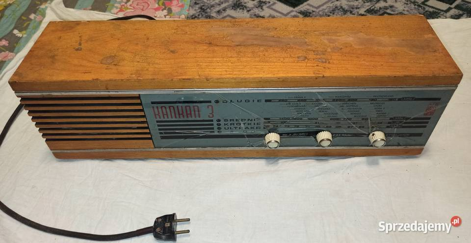 Radio Kankan 3 z pękniętą szybką