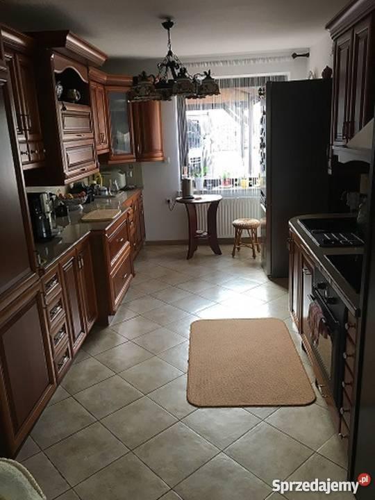 Sprzedam piękny dom w UstroniuRówni bez mieszkalny Ustroń